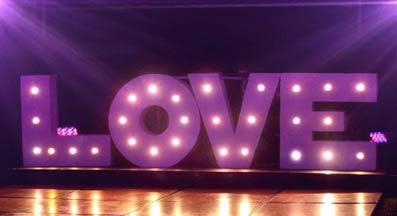 LOVE Focos